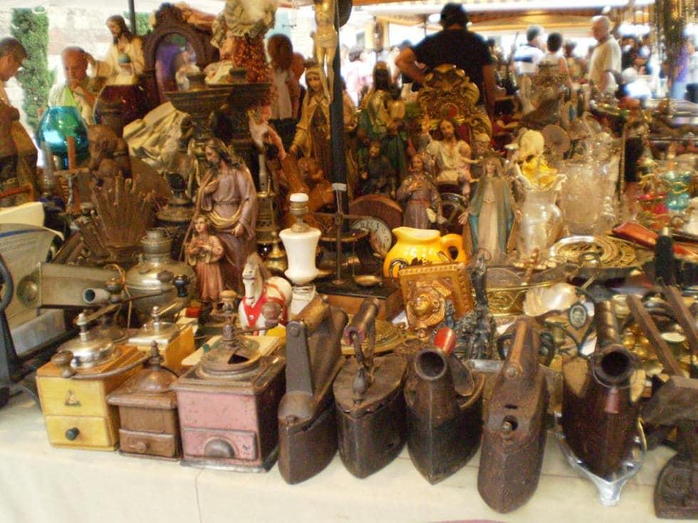 Otro momento de un paseo por Antigüedades-Barcelona-Mercadillo